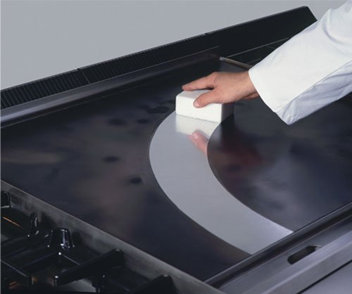Griddle-cleaning
